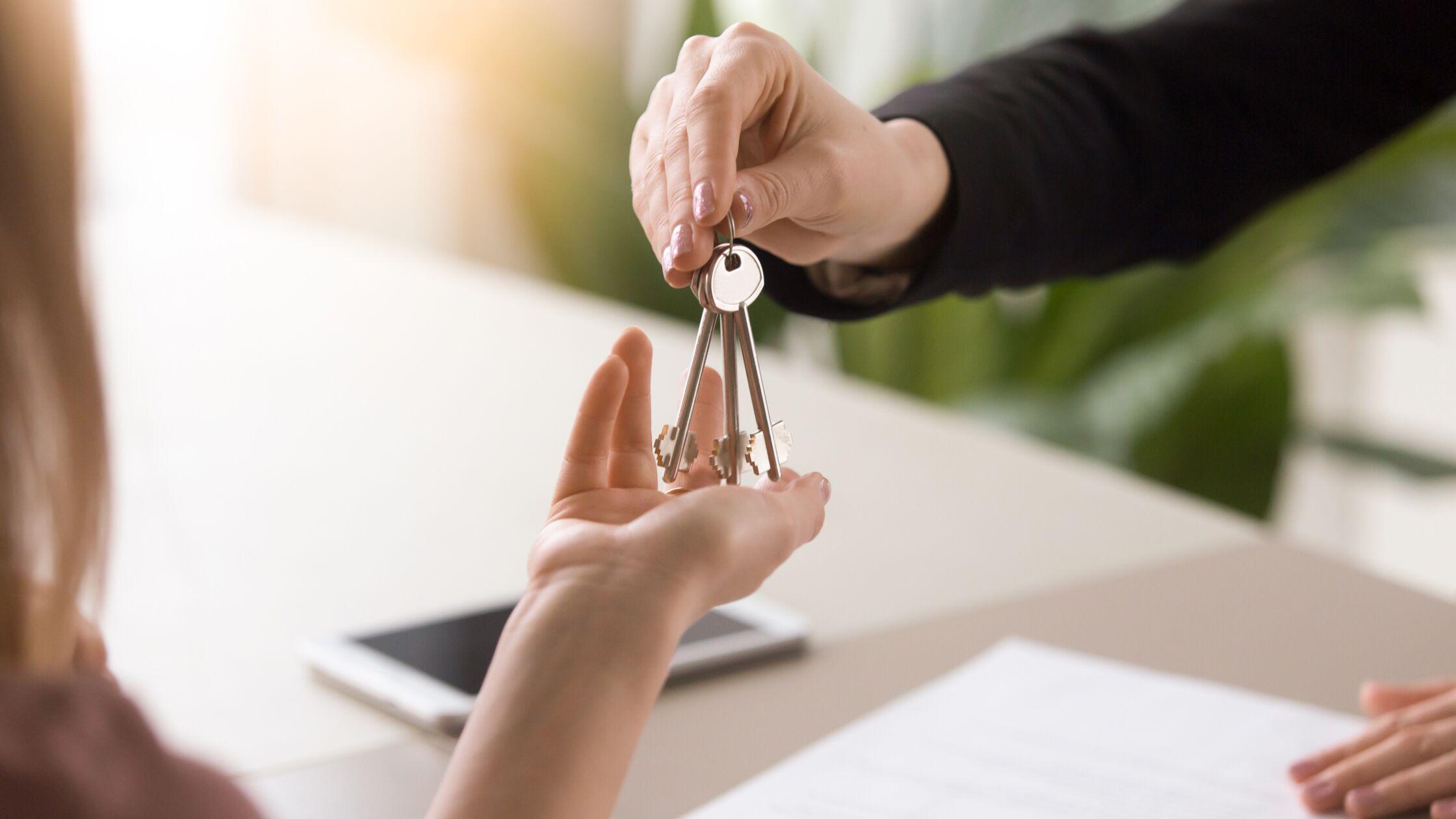 Wohnungsübergabe ohne Vermieter: Was Sie darüber wissen sollten