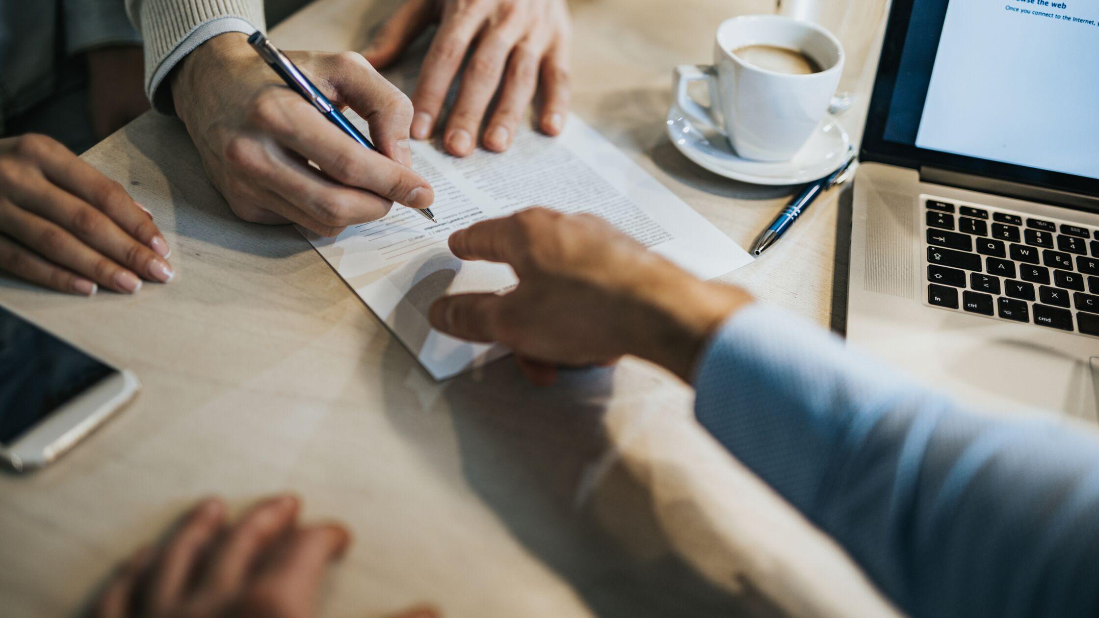 Nachmieter suchen: Eine Klausel im Mietvertrag hilft, ist aber selten