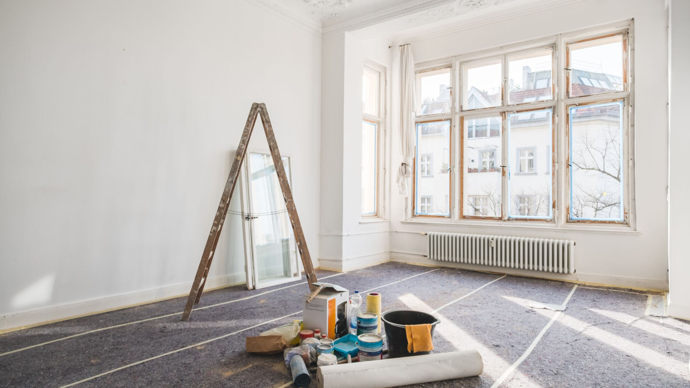 Vermieter führt laute und störende Renovierungen in der Wohnung durch, die den Mietern eine Sonderkündigung des Mietvertrags erlauben