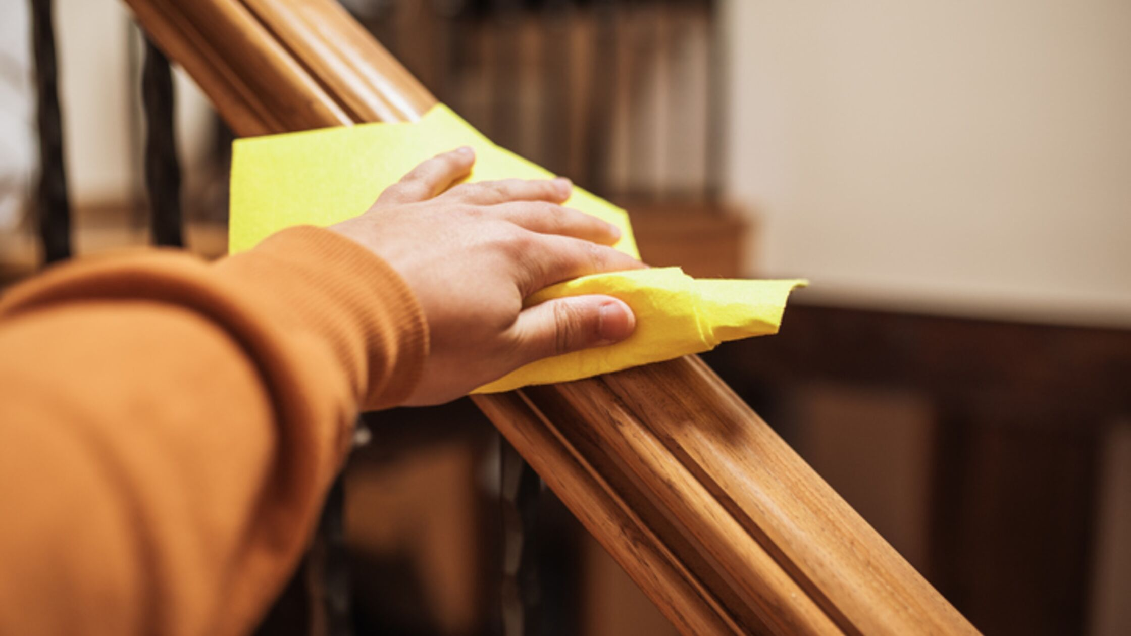 Treppenhausreinigung im Mehrfamilienhaus