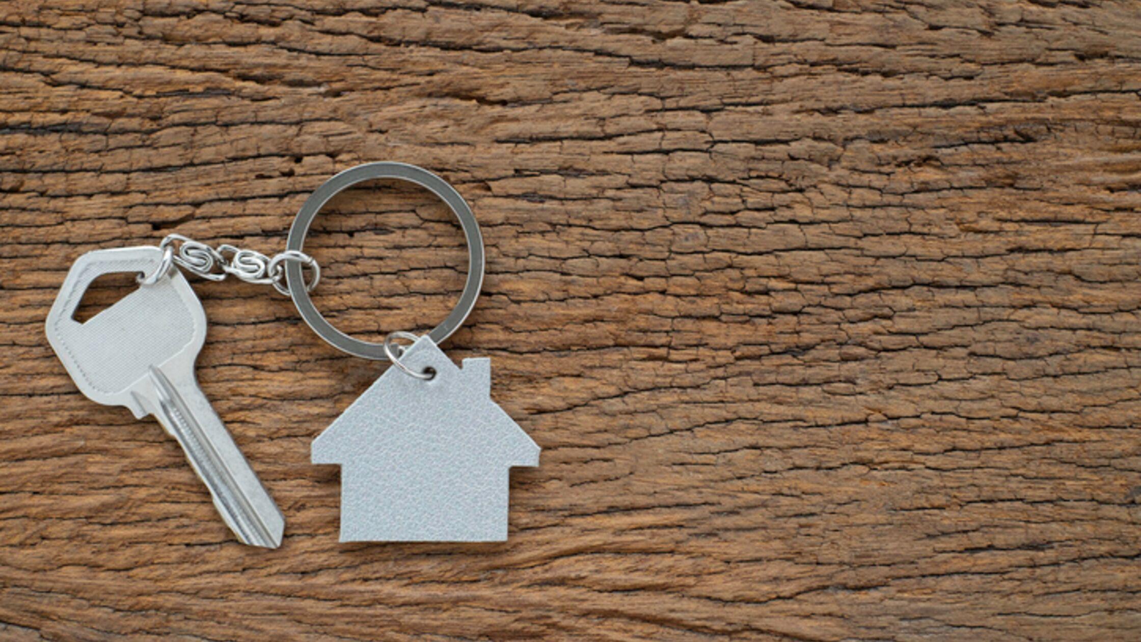 Wohnungsschlüssel verloren: Wer zahlt für den Schaden?